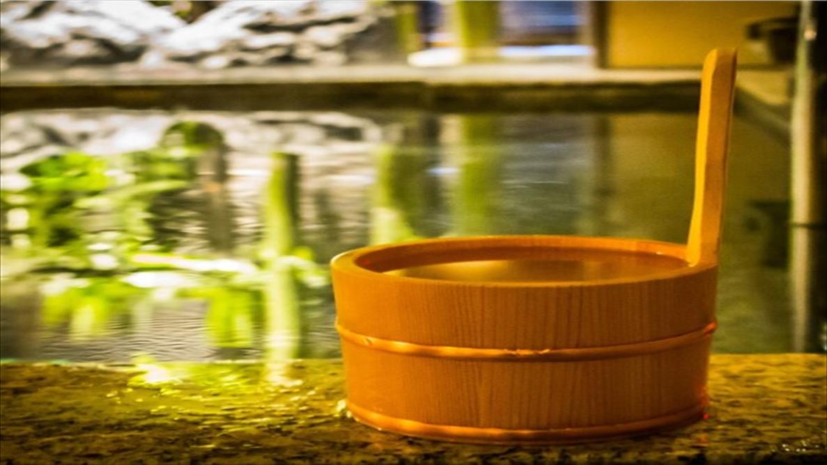 身体を流してから湯船に入りましょう!