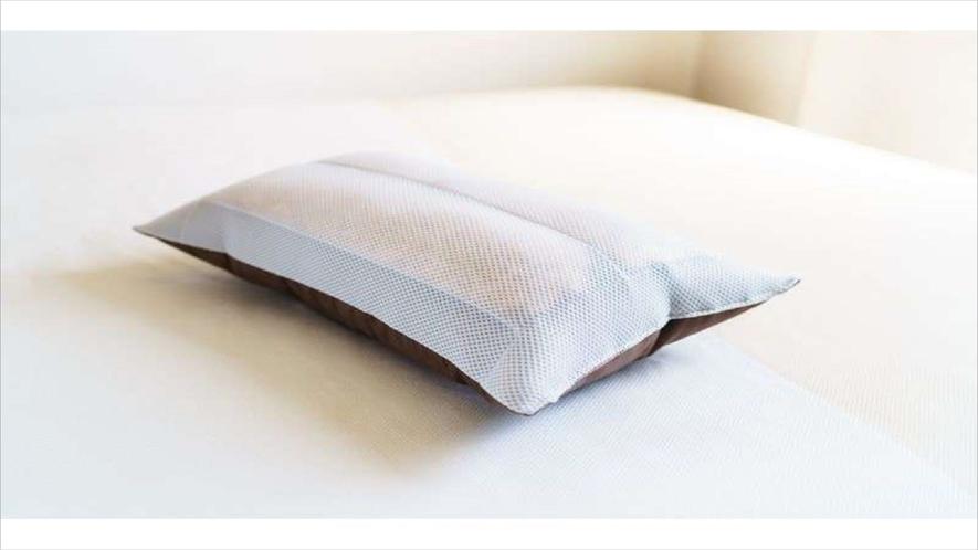 【Smart・貸出枕・数量限定】通気性にすぐれ、頭部の熱を吸収!ひのきの香りに包まれてお休みください