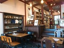 京町家 絵本カフェ Mébaé