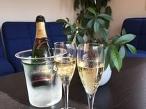 記念日にはシャンパンで乾杯!いかがですか?