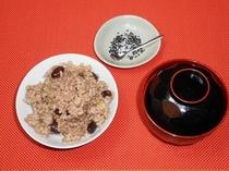 デトックスメニューの黒豆入り玄米ご飯