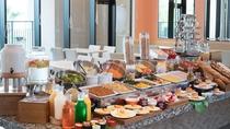 ブッフェダイニング「アーカラ」の朝食ビュッフェはとってもカラフル!朝ごはんを食べて元気にお出かけ♪
