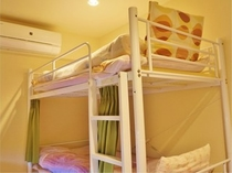 2人部屋ベッド