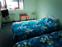 個室ツインルーム(一例)