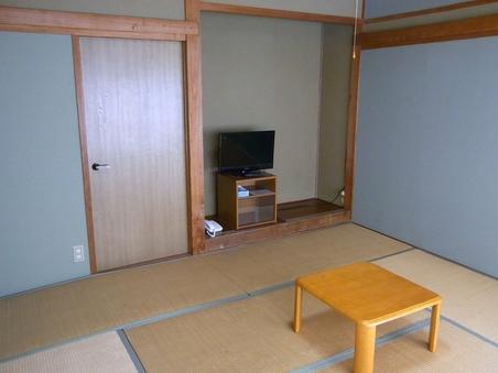 和室(8畳)バス・トイレ共同利用・禁煙室