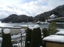 2階客室からの雪景色1