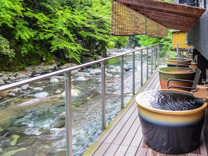 【露天陶器風呂】川の音を聞きながらゆっ...
