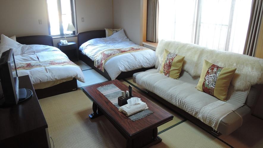 *10畳和室(ベッド)