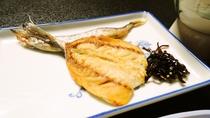 *【朝食】和食の焼き魚(一例)