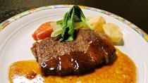 *【夕食】和定食のステーキ(一例)