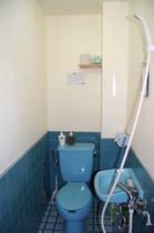 個室 トイレ&極小シャワー