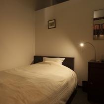 エコノミーホテル シングルルーム