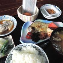 *【ご朝食】焼き魚は豊後水道で獲れた新鮮な魚を開きにしています