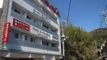 ・ホテル外観:伊豆観光の拠点にも便利