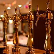 *レストラン/3種類の地ビール(ゴールデンピルスナー/ホワイトヴァイツェン/レッドエール)がございま