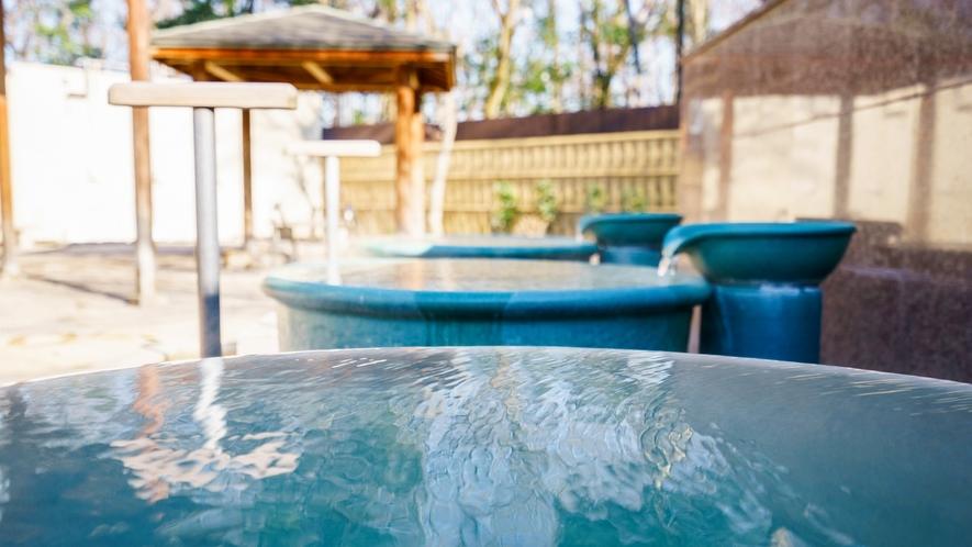 *露天風呂/壷湯。お子様も大好き!温泉を独り占めしたような贅沢気分!