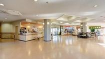 *ロビー/茨城県のお土産や契約農家の野菜を販売しています。