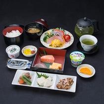 *和朝食/身体に優しい和定食(朝食はバイキングの場合もございます。)