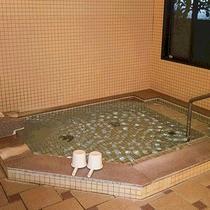 *家族風呂/貸切で温泉を楽しみたい方へ、別途料金で家族風呂がございます。