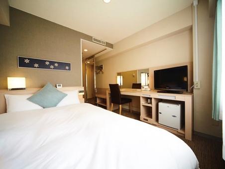 【喫煙】セミダブル 140cmシモンズ社製ベッド幅16平米