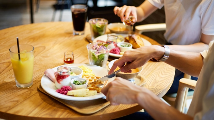 【首都圏☆おすすめ】【いつでもポイント5倍!】オシャレなEDIT DININGで味わう朝食付プラン!