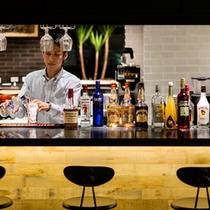 レストラン「RAGOUT & WHISKY HOUSE」_バー