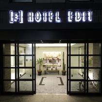 ホテル正面エントランス