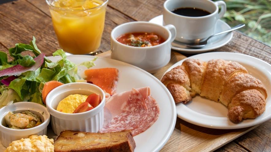朝食クロワッサンプレートイメージ
