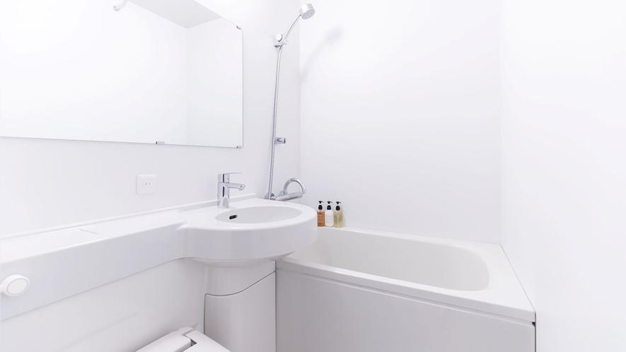 シングルルーム、セミダブルルーム バスルーム一例
