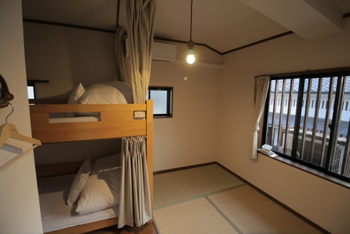 ベッドトリプルルーム