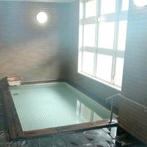 *【風呂】体の芯から温まるお風呂に浸かって、心身ともにリフレッシュ♪