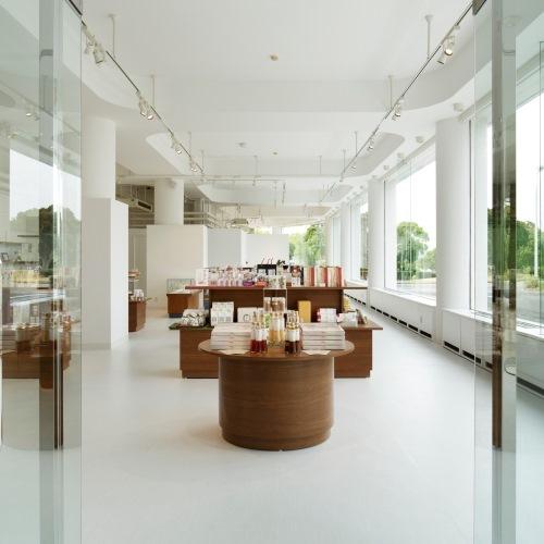 【ホテルショップ】ホテルオリジナル商品や真珠、伊勢志摩のお土産を取り揃えています。