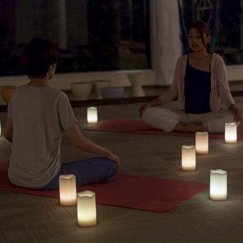 【キャンドルメディテーション】 アロマが香るヨガルームで心と体のバランスを整えます