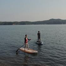 【はじめてSUP】波穏やかなあご湾をSUPの上のにたちお散歩