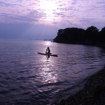 【SUPヨガ】穏やかなあご湾の心地よい海の上でヨガ体験