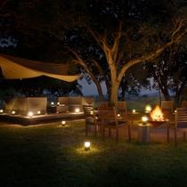 【無料プログラム:焚き火カフェ】満天の星空の下、グラマラスな時間をお過ごしください