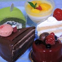 *女子会プラン(一例)/地元で人気の洋菓子屋さんのケーキをご用意♪