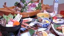 *冬季期間の基本メニュー(一例)/寒さが身に染みる季節には、温かいお鍋をご用意!