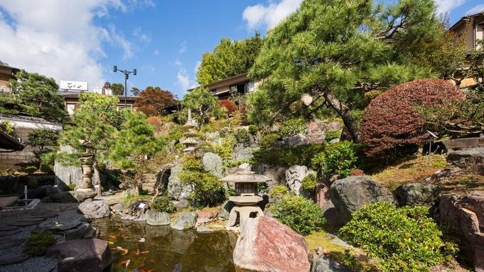 【楽天トラベルセール】二千坪の日本庭園、「数寄屋造り」と旬の和食を客室温泉と共に愉しむ。(夕朝食付)