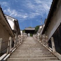 映画やCMに登場した西方寺の石段