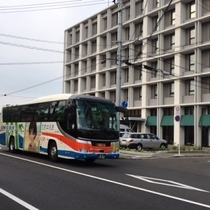 広島市内中心部やJR広島駅周辺からは高速バス『かぐや姫号』が便利。ホテル徒歩1分の場所で乗降可能です