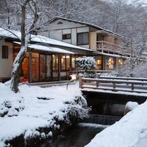 雪景色がきれいな冬季の景観です。