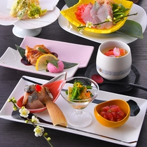 食材も彩も春らしく鮮やかです。