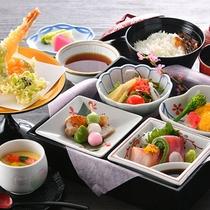 様々な和食をご用意しております。