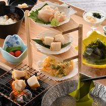 季節により楽しめる和食をご用意しております。