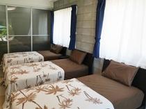 【トリプルルーム】シングルベッド3台でゆっくりとお休みできます。