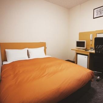 【シングルタイプ】ベッドは140cm幅でゆったりひろびろ♪