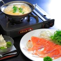 【レストラン】1泊2食C_くぬぎ鱒のしゃぶしゃぶ