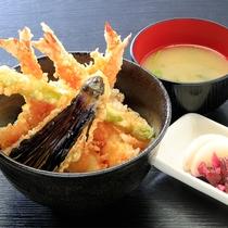 季節野菜と海老天丼