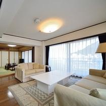8畳和洋室一例 お部屋によりインテリアや間取りが異なります
